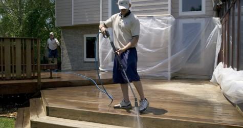 Cleaning & Sealing Decks